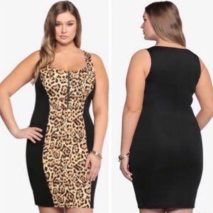 Torrid bodycon zip up leopard print dress size 2